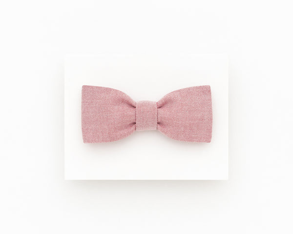 Salmon red bow tie