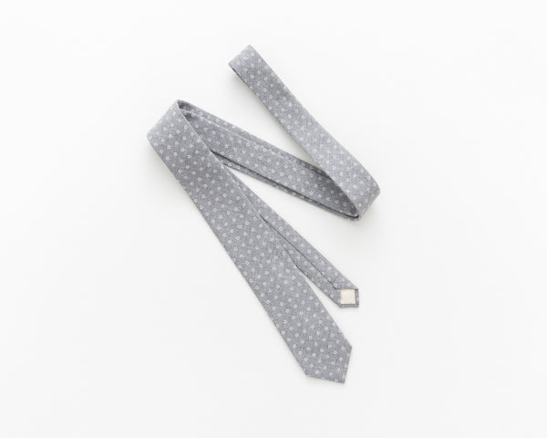 Light grey floral tie