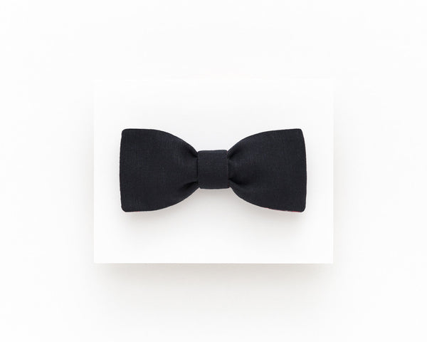 Classic black linen freestyle bow tie - Isola bow tie