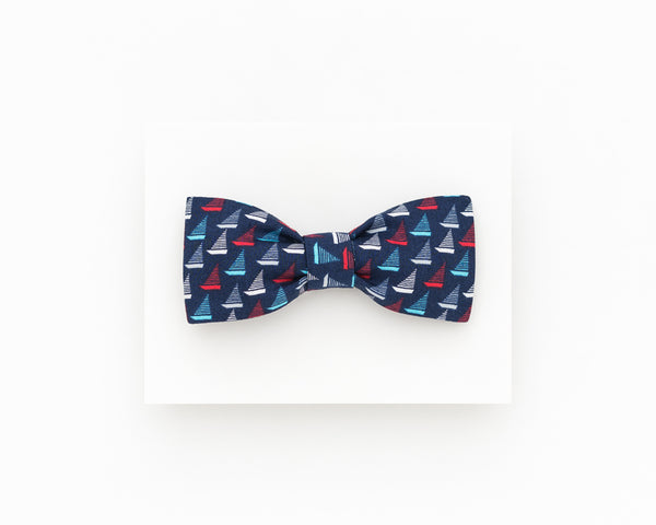 Navy blue summer bow tie, dark blue sailboats bow tie - Isola bow tie