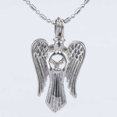 Shining Angel Akoya Pearl Pendant Necklace