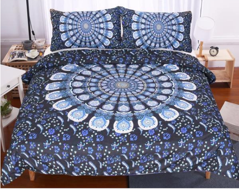 Vaanya Duvet Cover Set