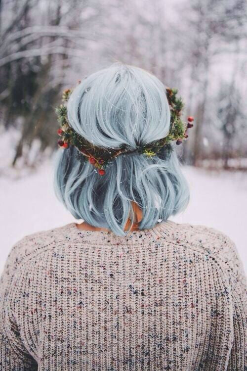 HOLIDAY HAIRSTYLES FOR MEDIUM LENGTH HAIR