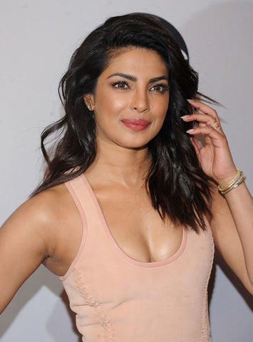 Prinyanka Chopra Shoulder Length Hairstyle | FoxyBae