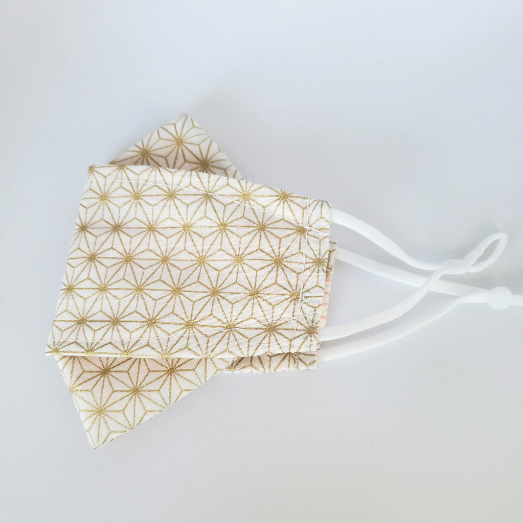 3D Origami Mask Asanoha Star in Ivory/Gold