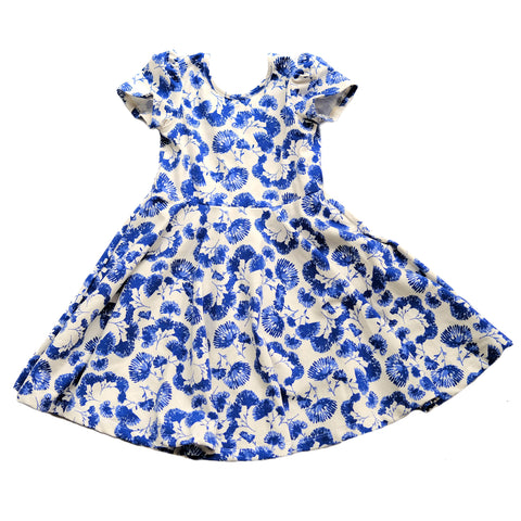 Girls kids floral blue dress toddler fashion twirl twirling spin circle skirt