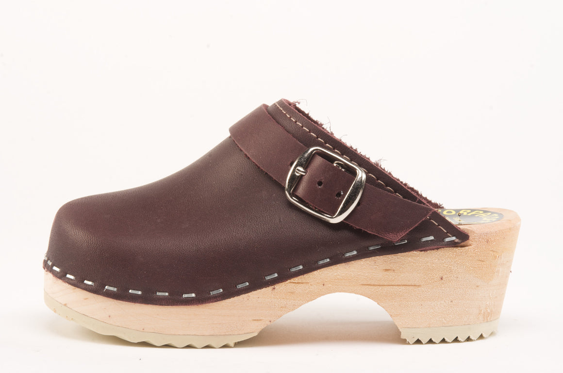Cape Clogs - Burgundy