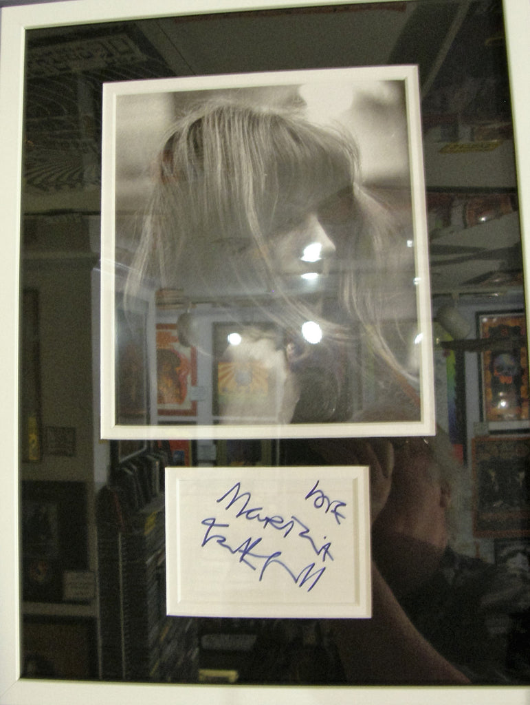 MARIANNE FAITHFULL  SIGNED PAPER