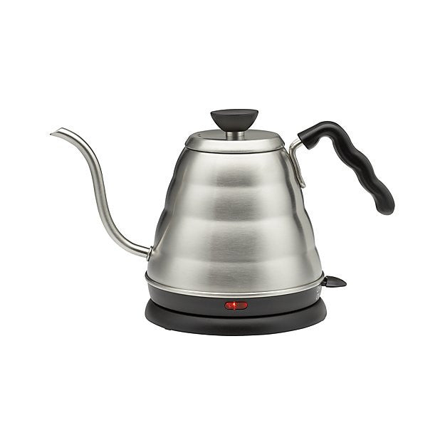 "V60 Power Kettle ""Buono"" - hero-in coffee"
