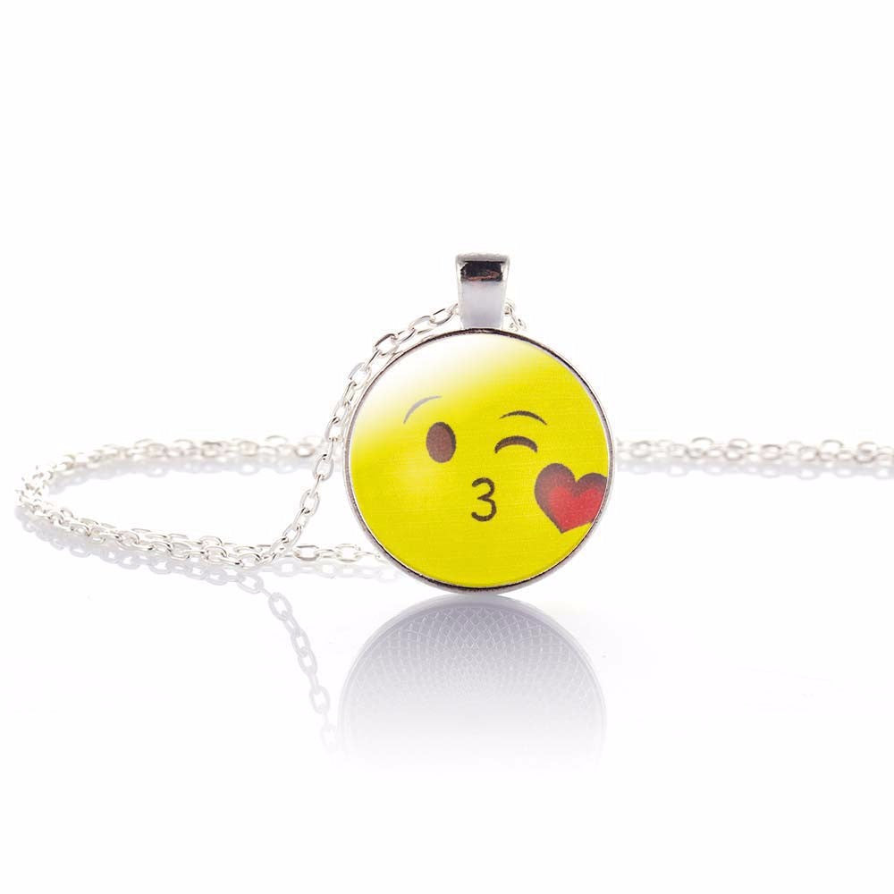 Fun Emoji Pendant, Blow Kiss