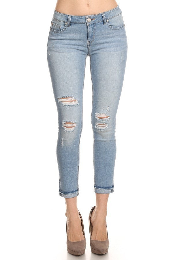 Distressed Ripped Knee Light Wash Skinny Jeans