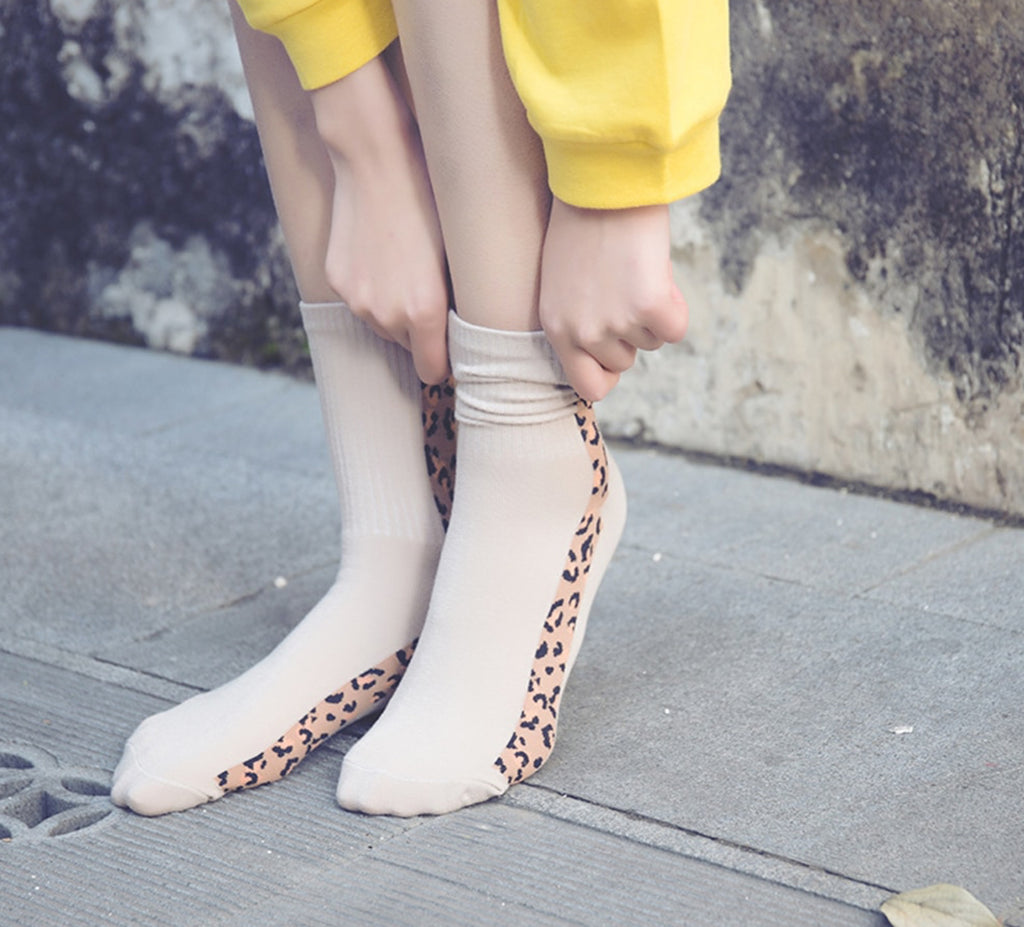 Leopard Stripe Fashion Socks, Tan
