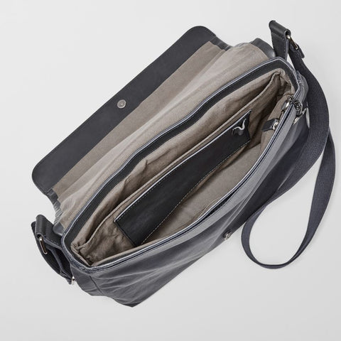 Eric Canvas Messenger