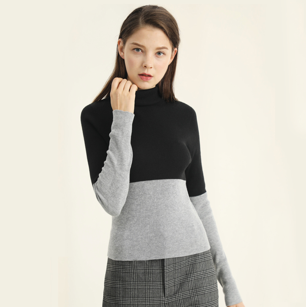 Sexy Two Tone Turtle Neckline Long Sleeves Sweater