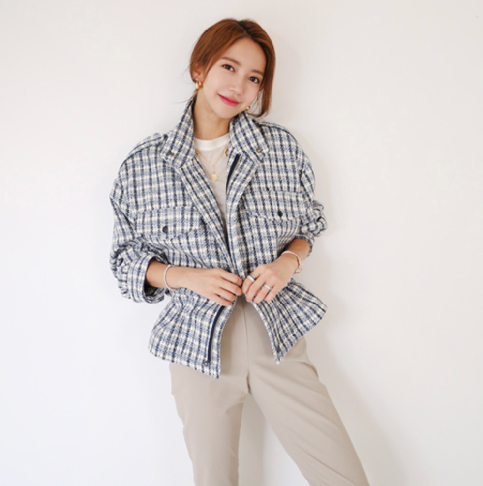 Sexy V Neckline Long Sleeves Two Tone Button Up Closure Plaid Prints Coat