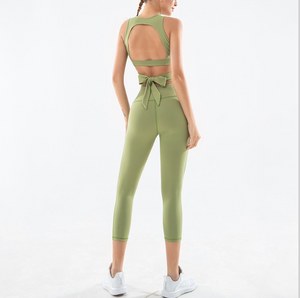 Sexy Cut Out Detailing Gym Wear Sports Bra and Legging Set