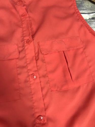 Small Size 6 Red Or Dark Coral Sleeveless Button Down Top H&M- AM15