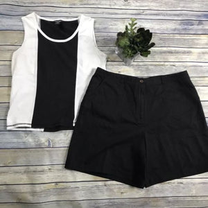2 Pcs Women's Clothing Lot Outfit Size 14 Shorts Alia, Large Top By Coastlines