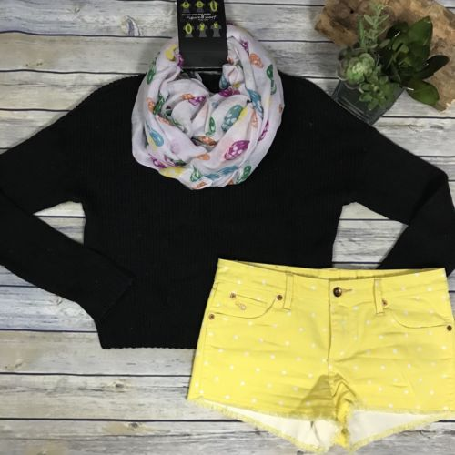 3 Pcs women's fall clothing lot outfit Divided black sweater, QSD shorts- Sm-Med