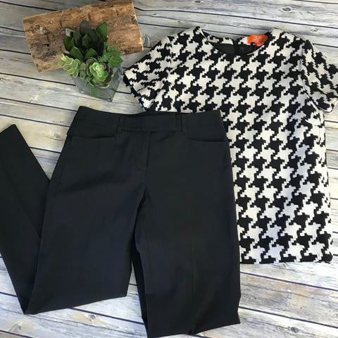 2pcs Womens Outfit Lot Career Wear, Joe Fresh Sm, Teenflo Slacks Sz 4 Spaghetti-AG15