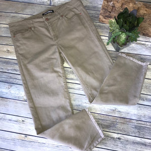 2Pcs Womens Casual Outfit Joe Fresh Cropped pants Size 28, Beaded Top Size Mediu
