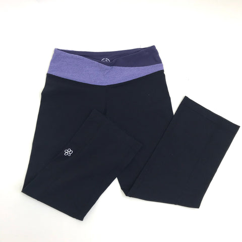 Tuff Athletics Womens Gym/ Yoga Capri Pants Black and Purple Size XSmall - AO20