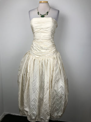 $6K-Holt Renfrew Anouska Hempel Authentic Womens Strapless Off White Ball Gown Silk Lined  Sz 10