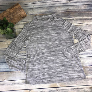 Reitmans Womens Grey Long Sleeve Top Turtle Neck NWT Size Medium  -AG07