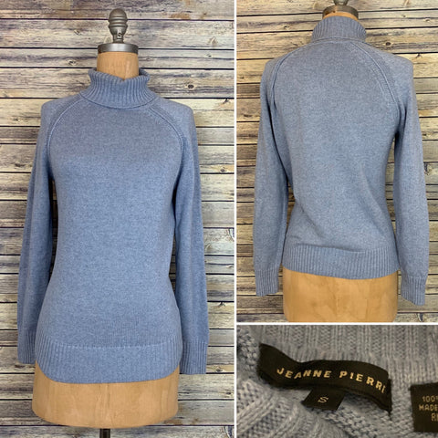 Jeanne Pierre Powder blue turtle neck knit sweater size small L802