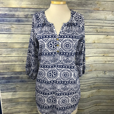 Mudpie White and blue printed long top or tunic Womens Size Small NWT- HH16