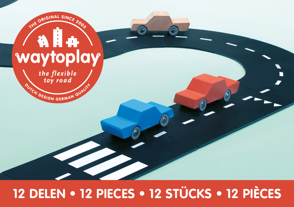 Image of the front of the WayToPlay RingRoad set, listing the number of pieces with a photo of the actual track pieces and the WayToPlay cars