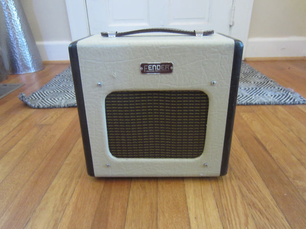 Fender Champion 600 1 x 6 Tube Amp, Modded for Gain/Dirt