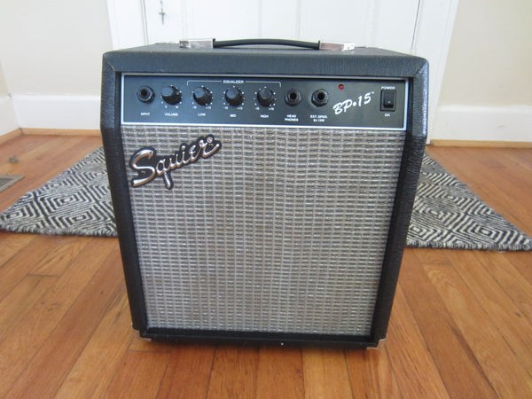 Squier BP-15 15W 1 x 10 Bass Guitar Practice Amp