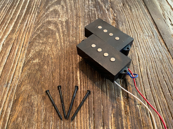 Squier by Fender Affinity P-Bass Pickup | Mounting Screws & Foam