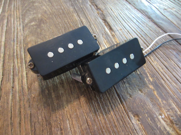 Squier by Fender Affinity Series Precision P-Bass PIckup | Springs, Screws, & Foam, 8.39 kΩ DCR