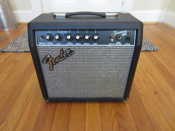 Fender Frontman 15G Practice Amp 1x8 15w | 2 Channels, Aux Input, Headphone Jack