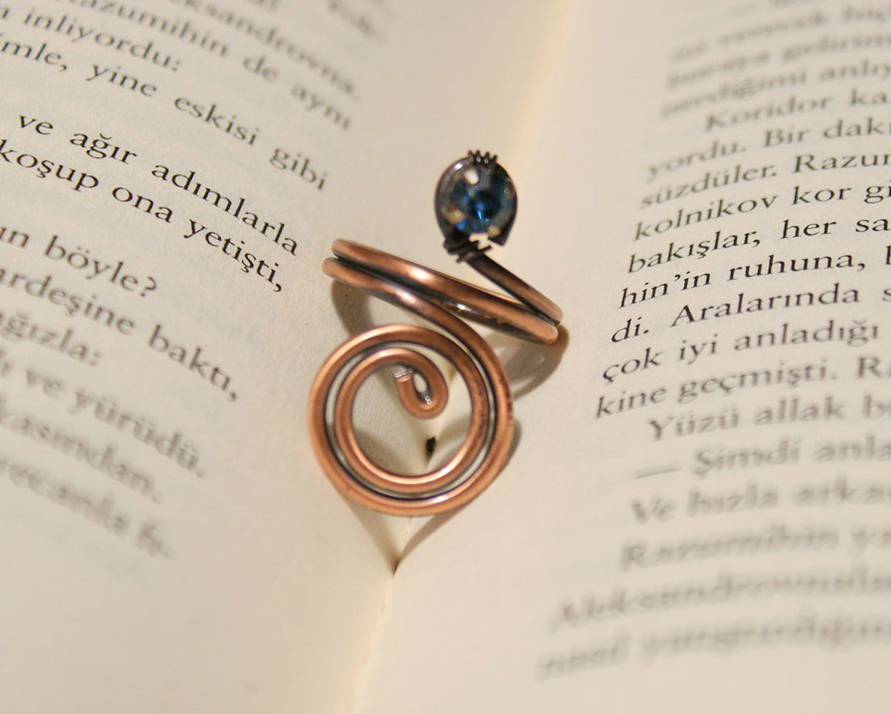 Handmade navy blue crystal copper wire wrapped ring - Babazen