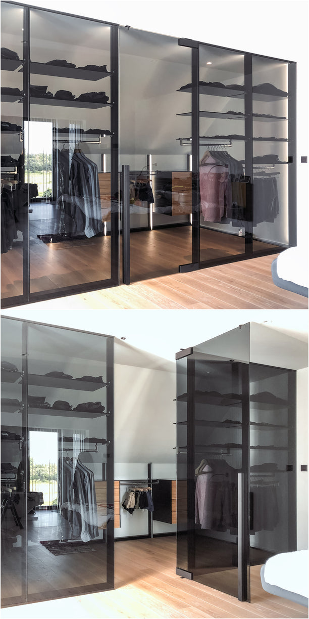 Dress Wall walk-in closet with Portapivot Glass in between