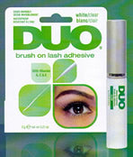 The newest addition to the DUO family comes with a convenient, ultra-think brush and vitamin-enriched adhesive. Duo Brush-On Strip lash Adhesive  (0.18oz, 5g) provides the most precise application for strip lashes, and promotes healthy skin and lashes.