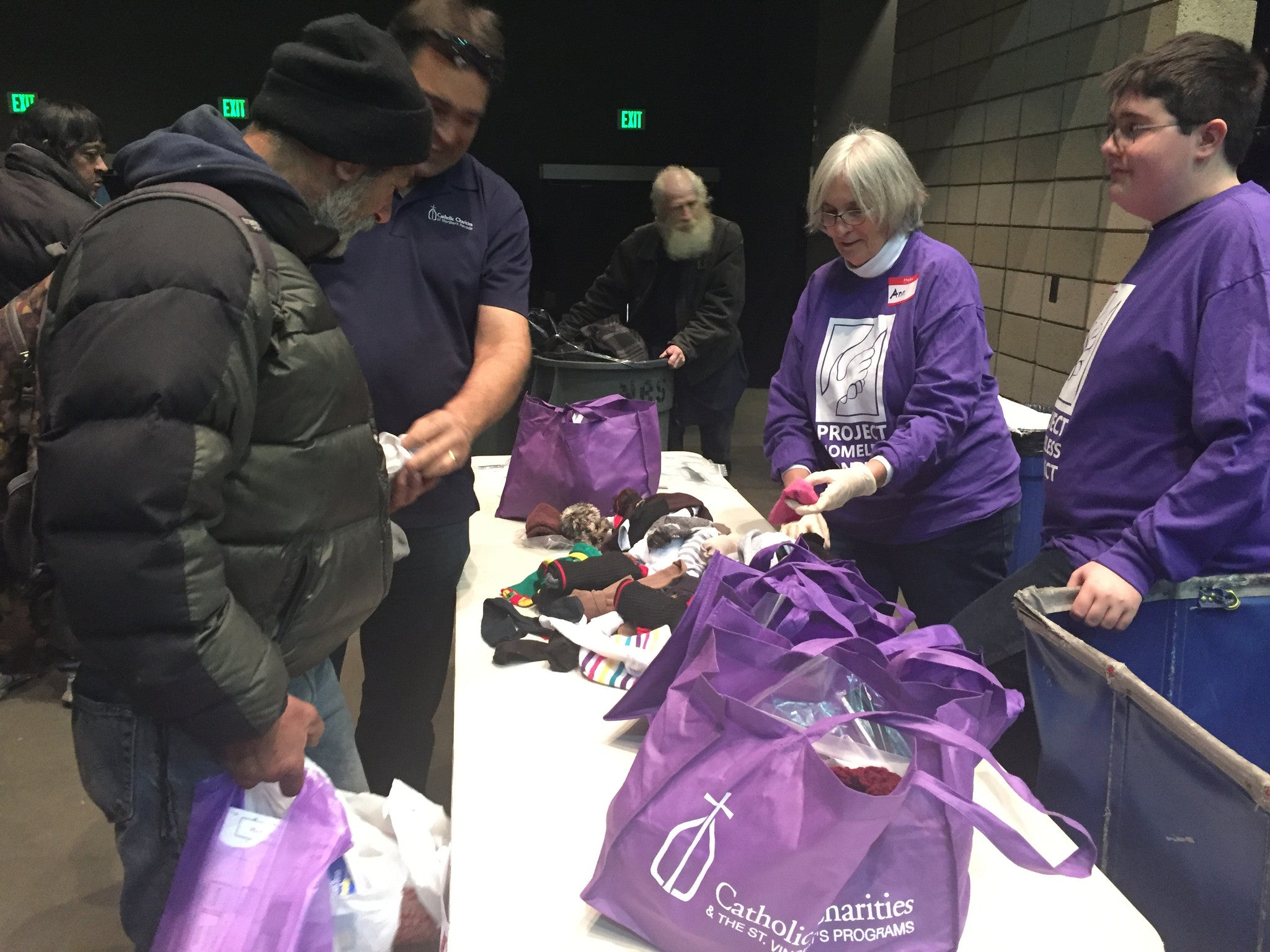 More than 1,000 People in Need Receive Assistance at Project Homeless Connect
