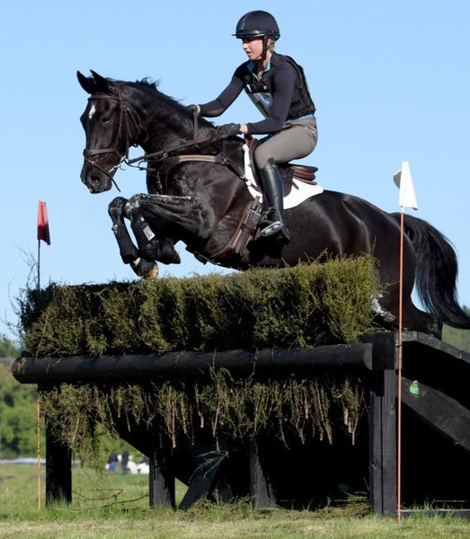 New Zealand based eventer Monica Oakley joins the Team!