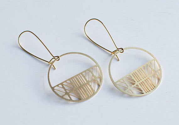 A Tea Leaf jewelry - Art Deco Circle Earrings | Gold Plated