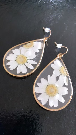 Daisy Girl Earrings (PRE-ORDER: The @babiesofsteele Collection)