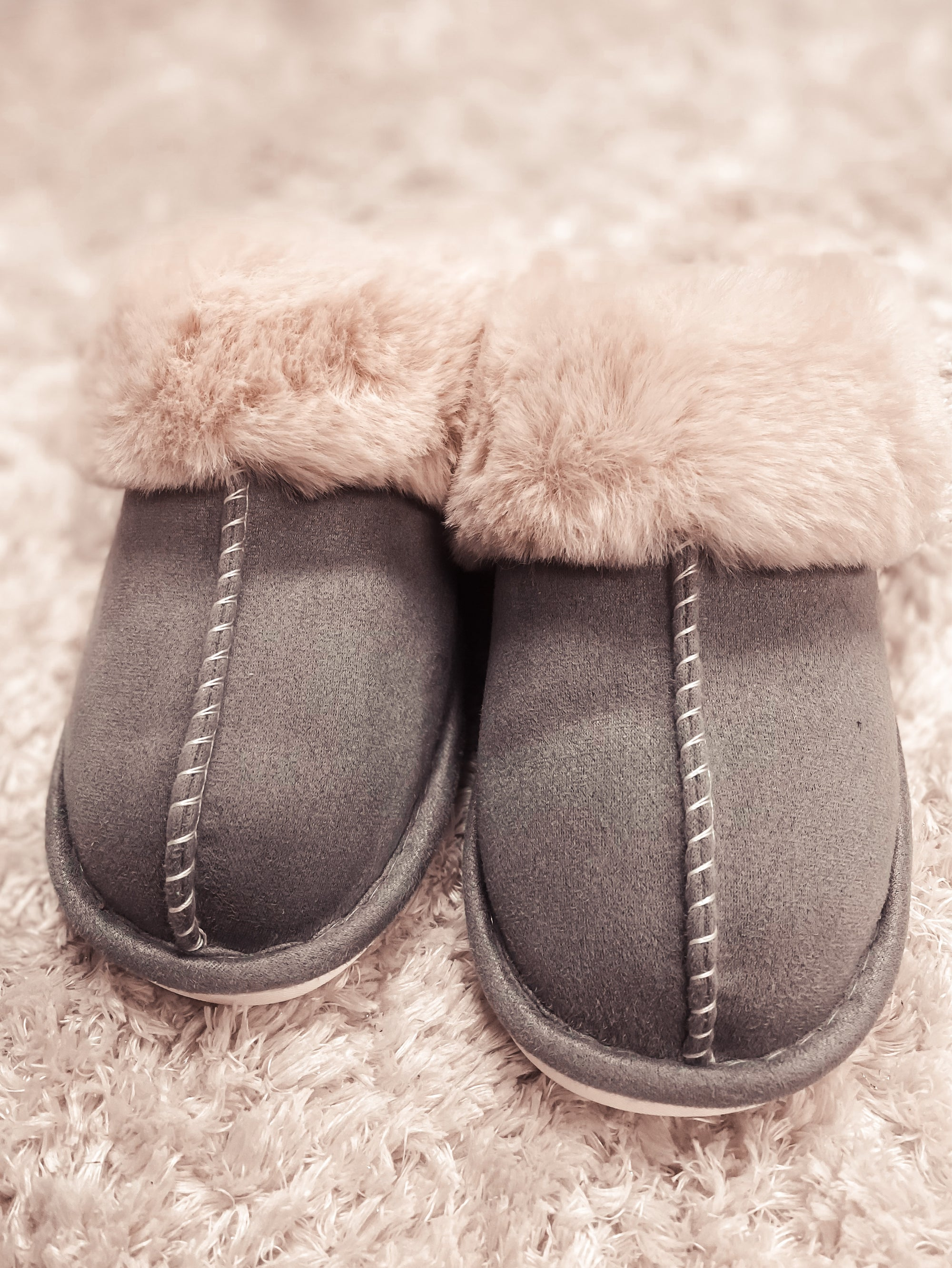 Luxurious September & Co Slippers - Grey
