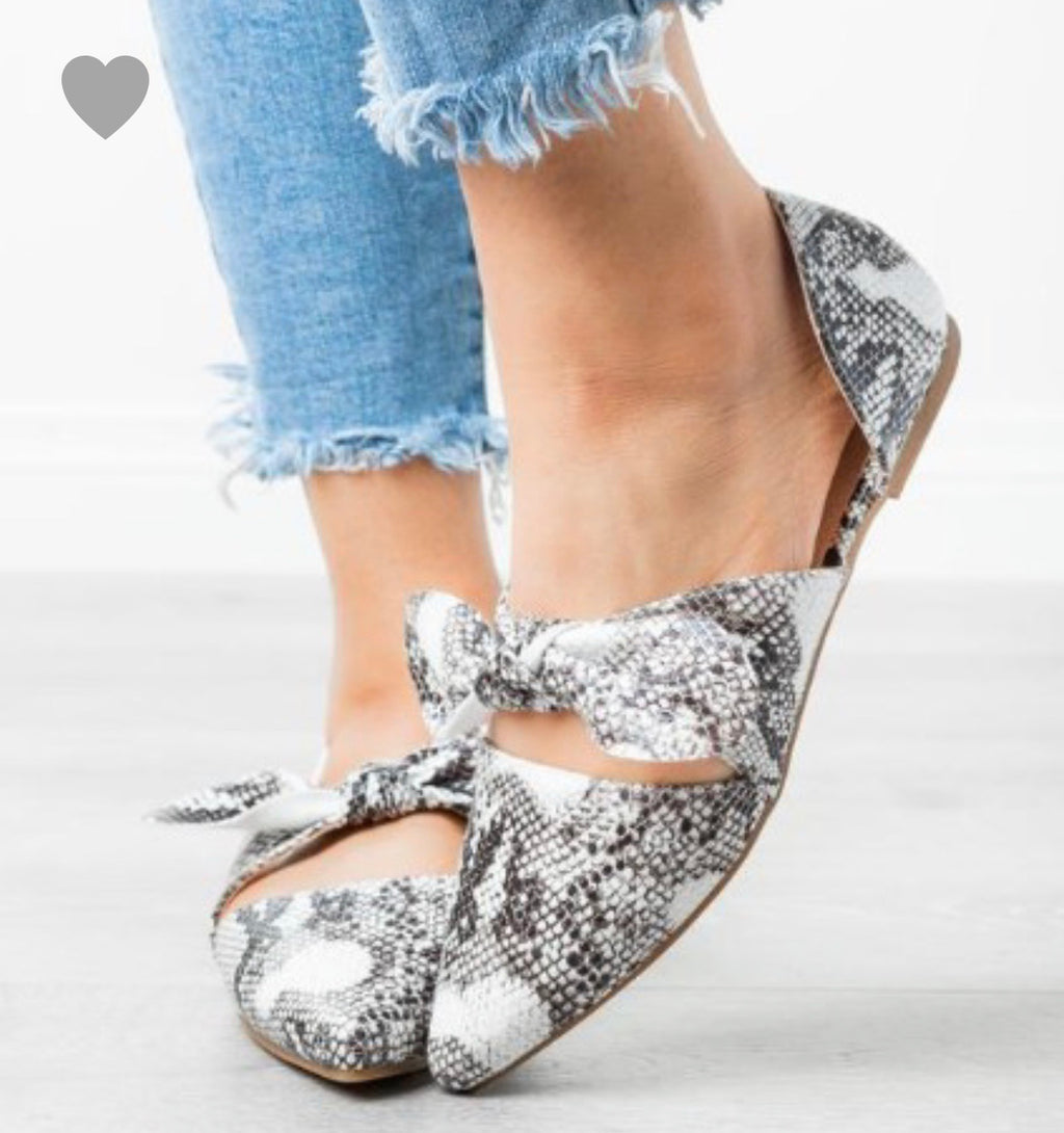 Snakeskin Flat Shoes
