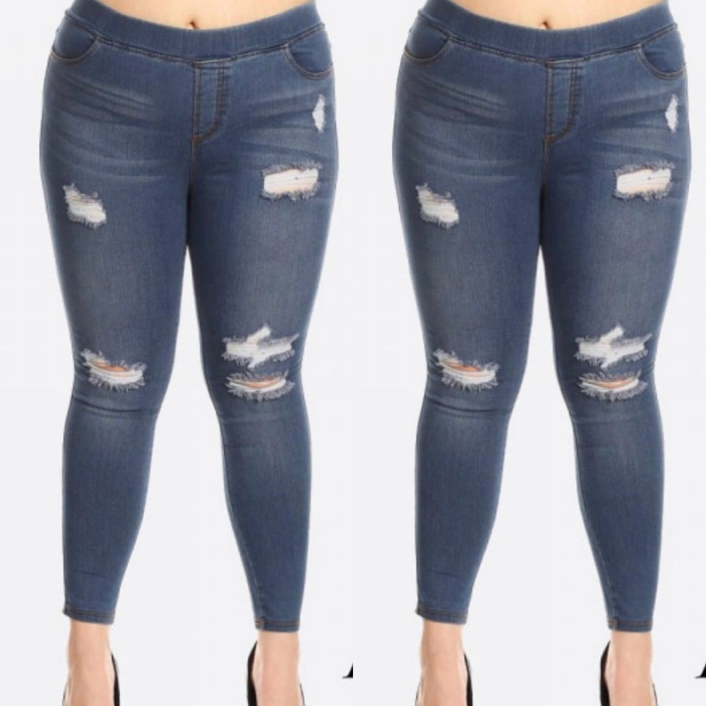 Curvy ~ Distressed Jeggings