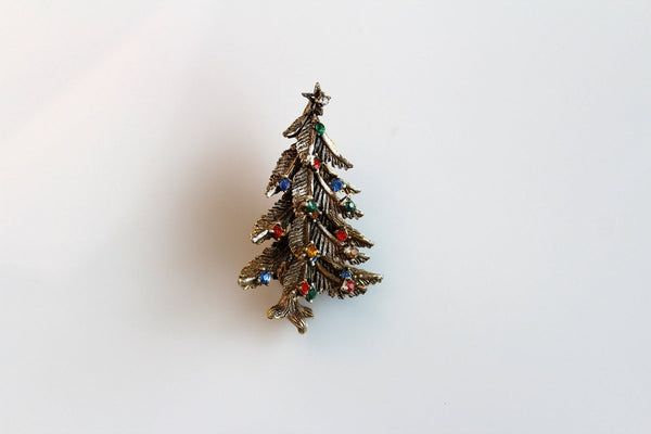 Vintage ART signed Christmas tree pin brooch # 681, Art- Jewelrin