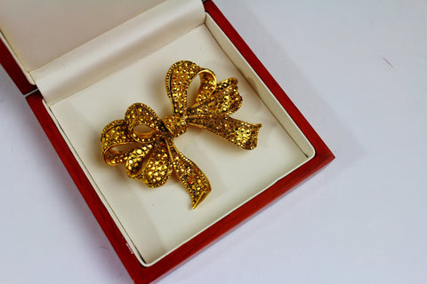 Gorgeous Barrera  Goldtone  Brooch, Barrera- Jewelrin