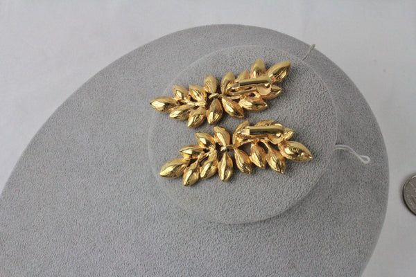Kenneth Lane KJL Leaf  Rhinestone earrings clip on #150, Kenneth Lane - Jewelrin