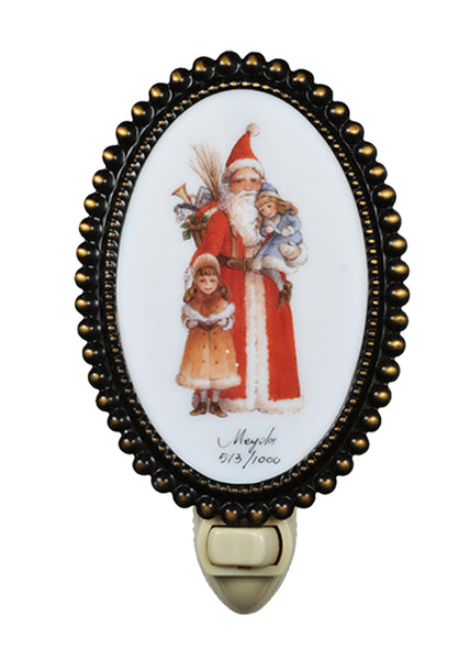 "Country Style Novelty Lamps And Accessories Meyda 107257 - 3.5""W Christmas Comin to Town Fused Oval Night Light"